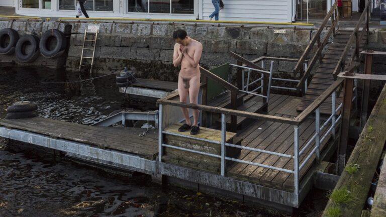 Philemon Mukarno Performance Art Bread and Wine(2017)4h PAB Open 2017, Bergen, Norway
